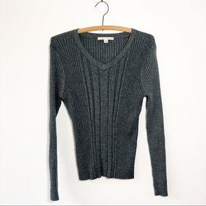 Carolyn Taylor XL ribbed knit grey sweater vneck